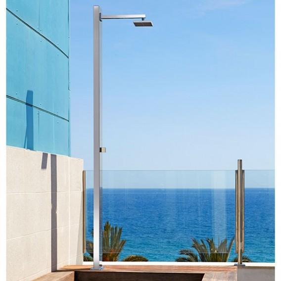 Ducha ni gara astralpool duchas piscinas material for Ducha exterior piscina